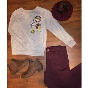 Disney Lion King sz Small Sweater - Hakuna Matata